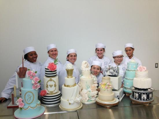 Bonnie Gordon College Of Confectionary Arts Wedding Cakes Complete