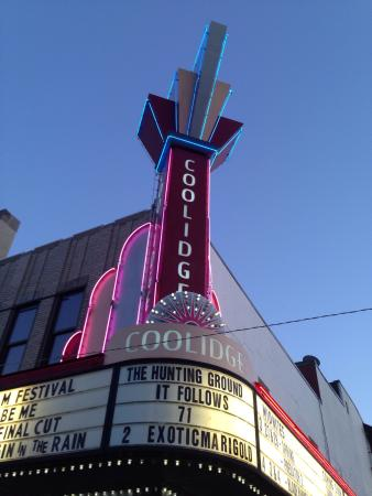 ‪Coolidge Corner Theater‬