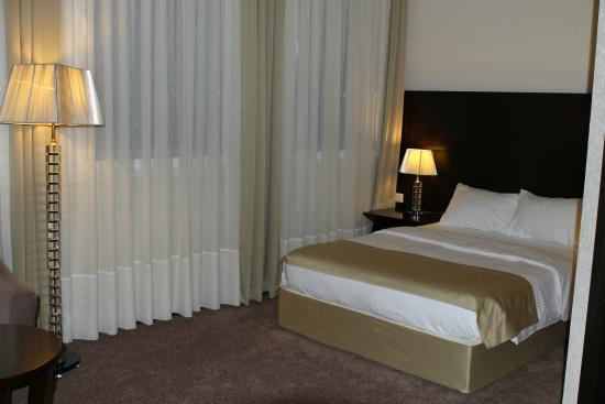 Grand Palace Hotel: Zimmer