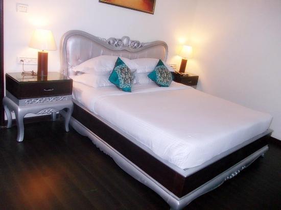 Royale Inn Hotel