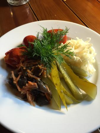 Sundyk Pub: Pickled vegetables