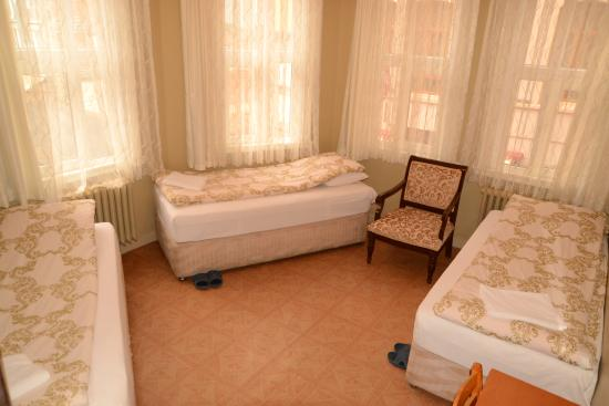 Yeni Hostel : TRİPLE ROOM