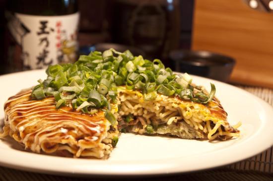 Shiso: Okonomiyaki hiroshima style