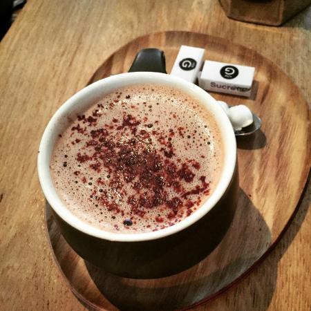 Le Cafe Fauve: Chocolat chaud maison