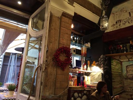 Bar Caffetteria Pasquino : Nice ambiance and good food