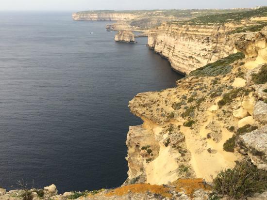 Cliffs of San Lawrenz and Dwejra: San Lawrenz cliffs