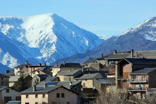 Hotel Roc de Sant Miquel: Mountains