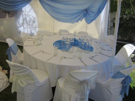 Phomolo Guest House & Self Catering: Wedding in the Garden