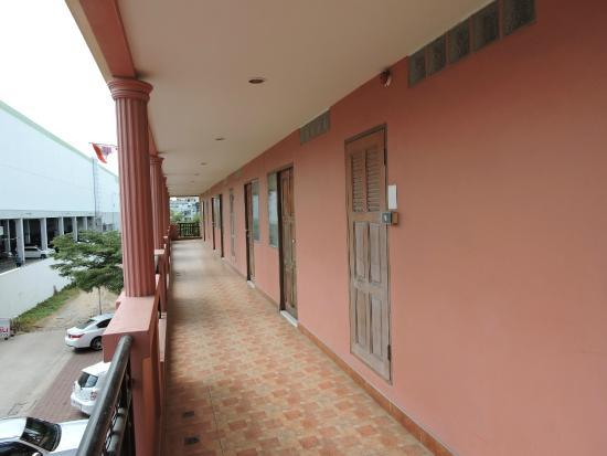 Navin Mansion 2 : 部屋のドア