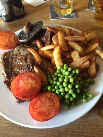 The Black Lion Restaurant: Tasty 16oz steak