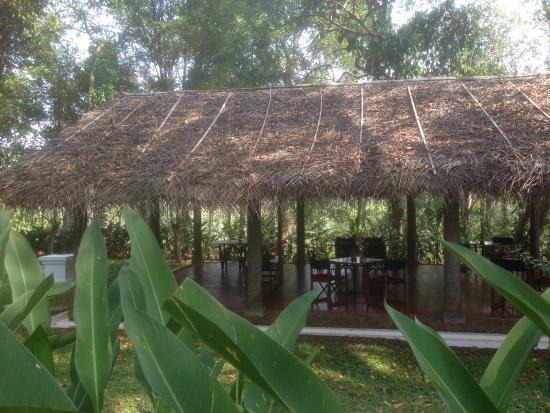 Serenity at Kanam Estate: Dining pavilion