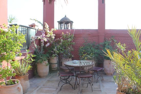 Equity Point Marrakech Hostel: Terasse