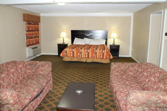 Continental Inn & Suites Nacogdoches: jaccuzzi suite