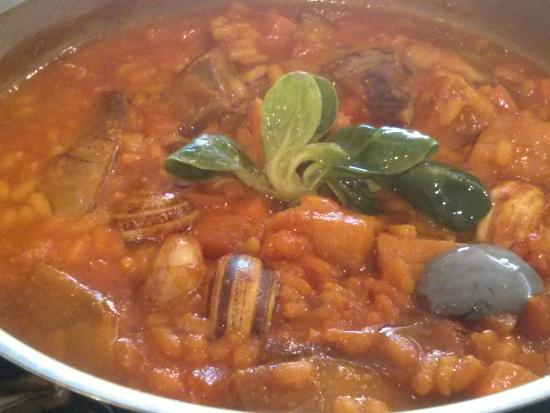 Arroz de merluza caracoles y alcachofas picture of restaurante julio verne valencia - Restaurante julio verne ...