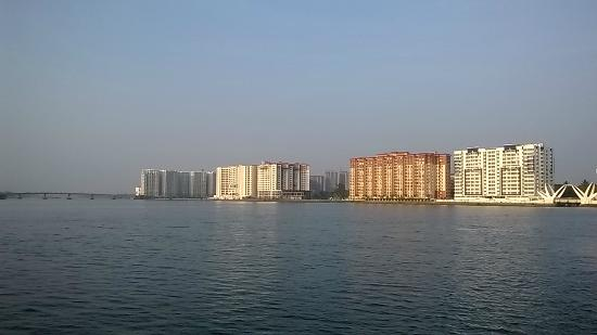 Marine Drive: Kochi