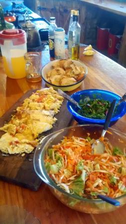 Hostel Sol Azul: Omelette Sol Azul mmmm Pimiento Rojo asado, queso sardo y queso Fynbo