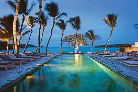 Grand Cul-de-Sac, St. Barthélemy: Le Sereno Pool by night