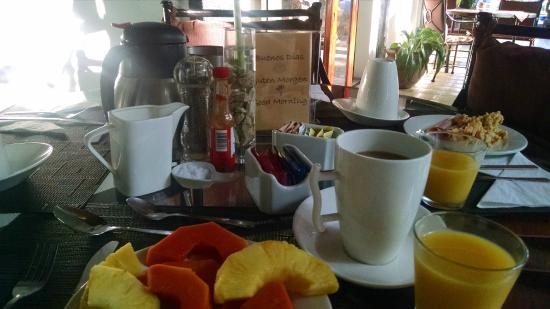 Hotel Villa Romantica: Desayuno buffette incluido