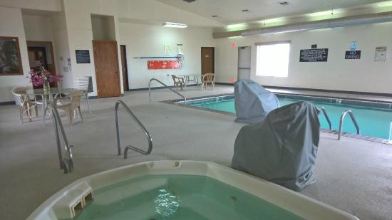 Super 8 Belgrade/Bozeman Airport: New pool area floor showing hot tub