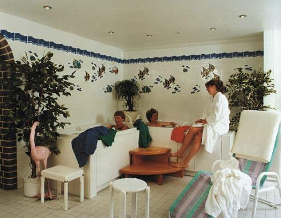 Hotel Leuchtfeuer: Whirlpool im Saunabereich