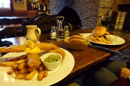 The Cairn Hotel Restaurant: Dinner at The Cairn