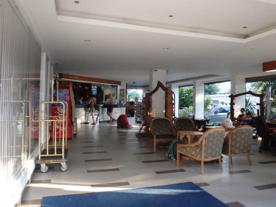 New Siam Guest House II: Réception