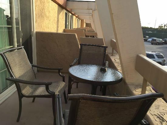 Winners Circle Resort: Second floor balcony