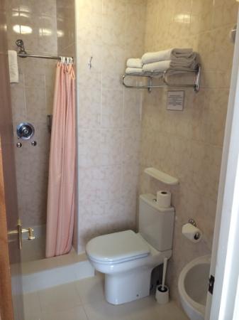 Westpoint Hotel : salle de bain