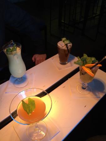Shaker: 4 drinks
