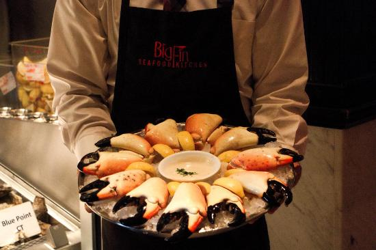 Big Fin Seafood Kitchen: Stone Crab Claws