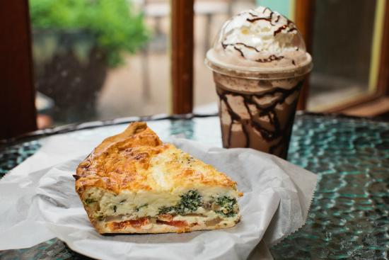 Rockport Daily Grind : Fresh Spinach, Tomato & Mushroom Quiche with a Mocha Frappe