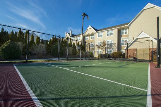 Residence Inn Huntsville: Sport Court