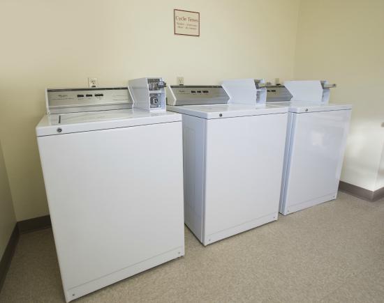Residence Inn Huntsville: Guest Laundry