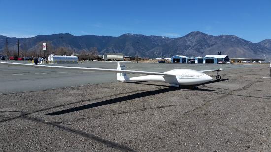 SoaringNV: My glider at Soaring NV, Minden Tahoe Aiport