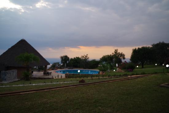 Akagera Game Lodge: bassengområdet