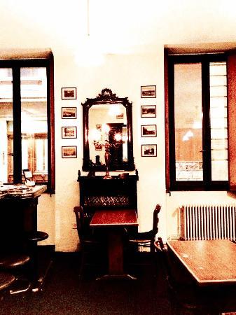 L'Omnibus: Dining room