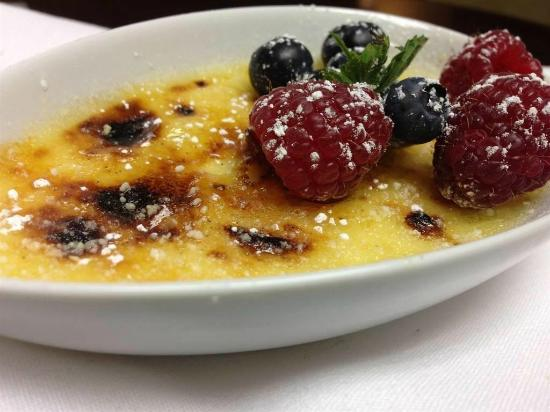 The Oaks Hotel: Menu Item - Indulge Restaurant
