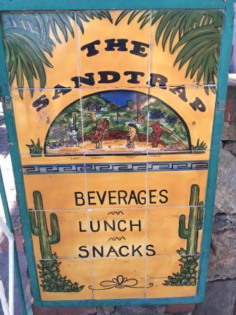 The Sandtrap Restaurant and Bar: Good food, good deals.