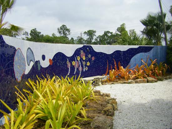 Naples Botanical Garden: Old Mosiac Wall is now off limits to visitors.