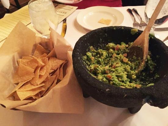 Besito Mexican Restaurant Fresh Guacamole And The Best Tortilla Chips