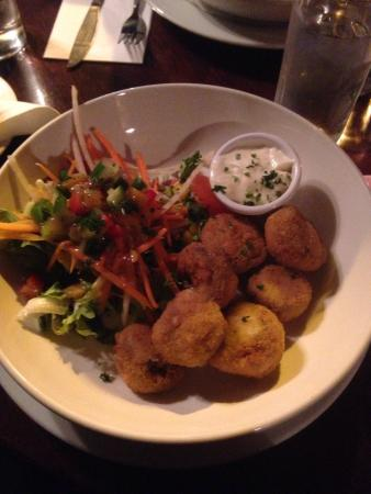 Clancy's Bar & Restaurant : .