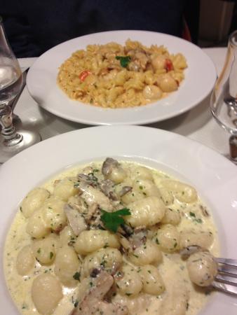 La Comedie de Pates : Gnocchi with forestiere sauce