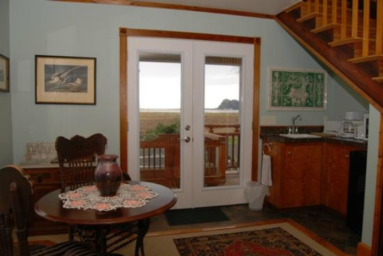 Audubon Cottage Interior At China Beach Retreat