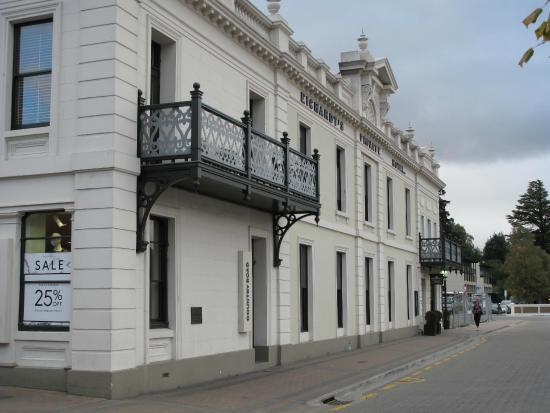 Eichardt's Private Hotel: The Hotel