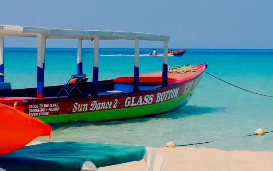 Captain Clarke Snorkeling / Sundance Tours: 7mi Beach Negril