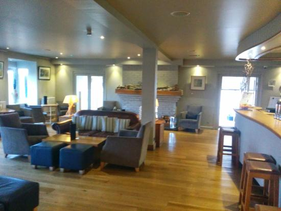St Brides Spa Hotel : Small lounge area with a bar