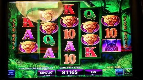 Boomtown Hotel Casino: gold panther spins