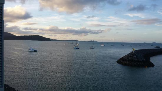Peninsula Airlie Beach: View from balcony !