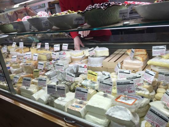 Murray's Cheese: Wide variety of cheese at Murray's