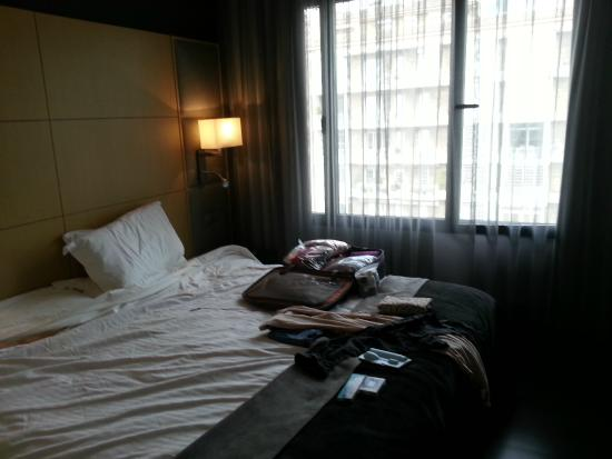 AC Hotel Victoria Suites: Master bedroom with king bed